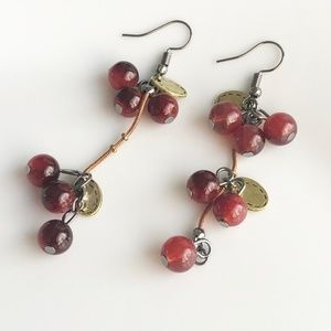 Jewelry - NEW Berries earrings